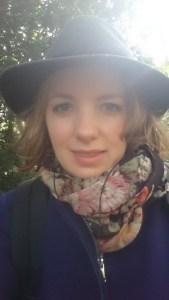 Met mijn nieuwe jas en hoedje :-)