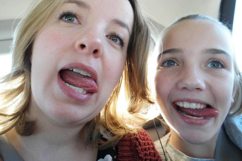 Lekker gek doen met mijn jongste zusje!