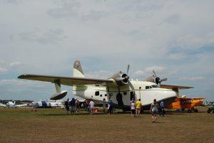 twin-engine seaplane