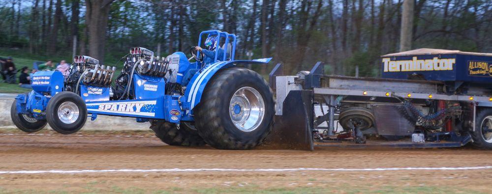 Pulling Customers   Jon Kaase Racing Engines