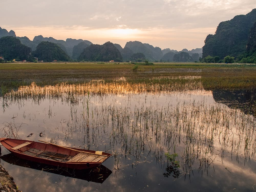 tam coc bich dong, bich dong tam coc, bich dong pagoda tam coc, tam coc bich dong pagoda, bich dong ninh binh, bich dong vietnam, ninh binh, things to do in ninh binh, what to do ninh binh, ninh binh things to do, ninh binh what to see, ninh binh vietnam, tam coc vietnam