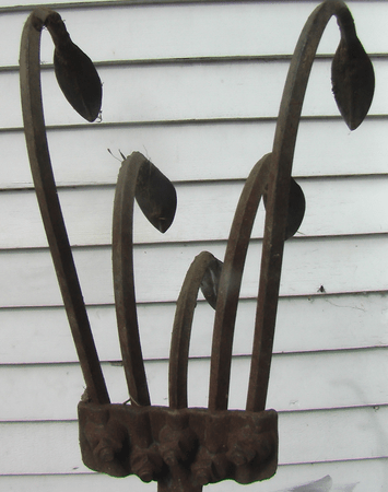 Old Fashioned Hand Egg Beater