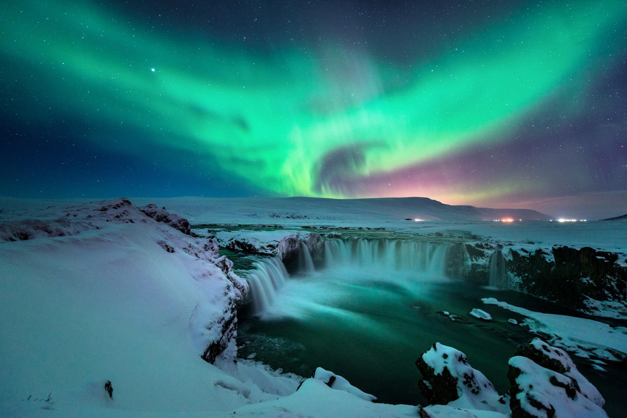 free photo aurora burst