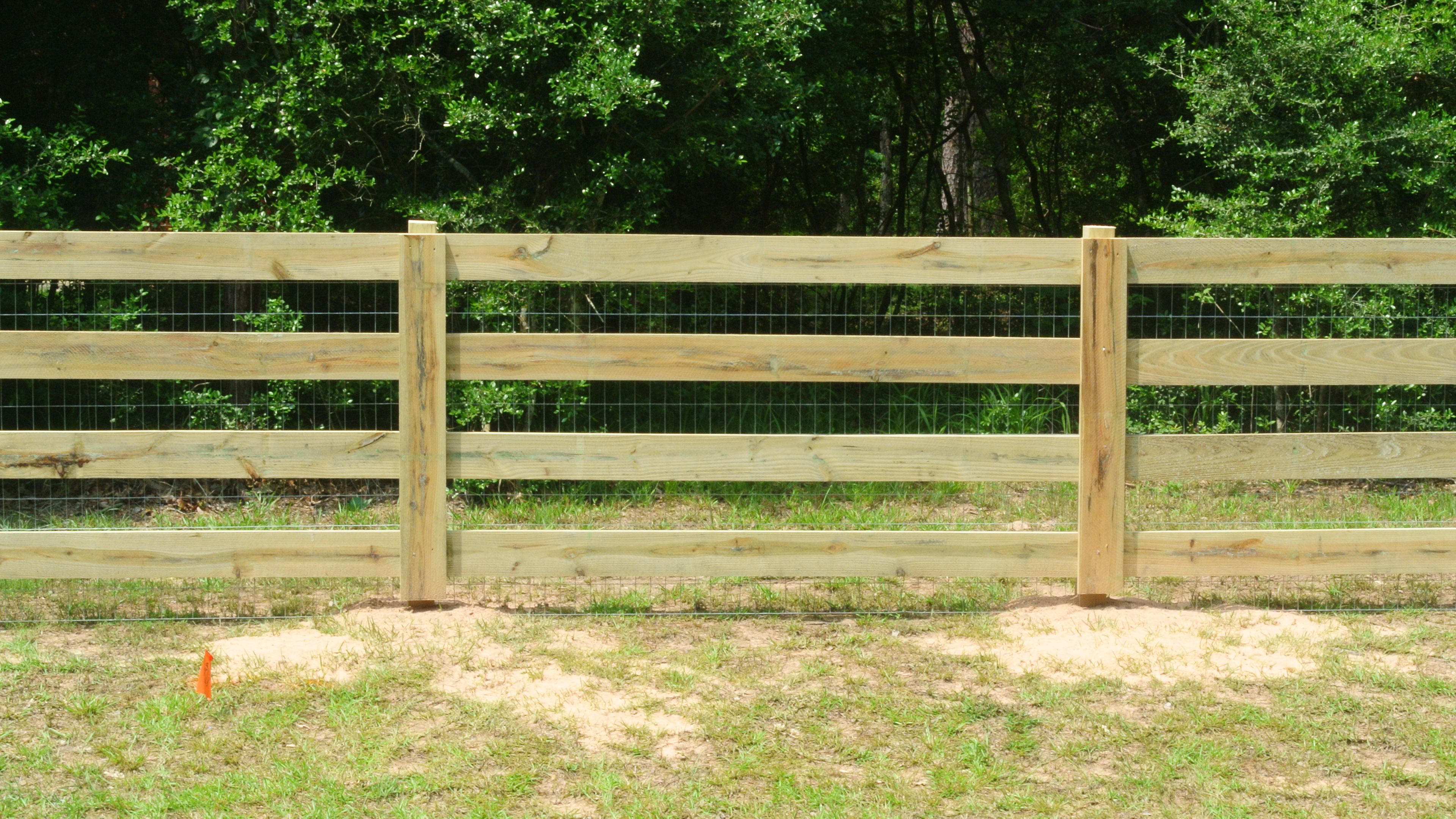 free photo wooden fence