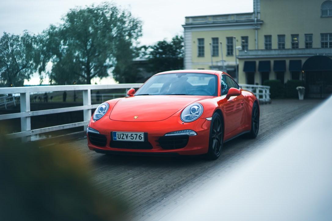 Porsche_c4s