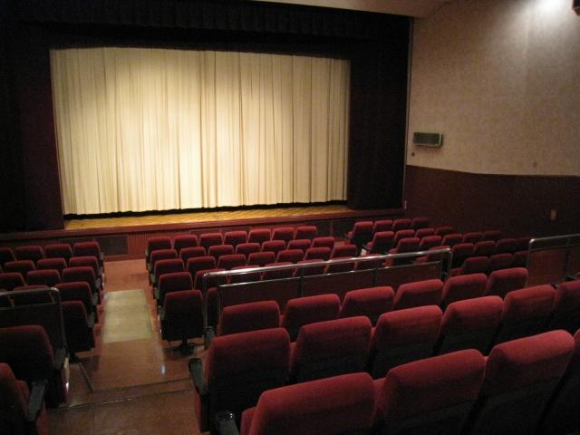 知らなかった!映画館の見やすい席はココ!払ったお金を最大限活かす