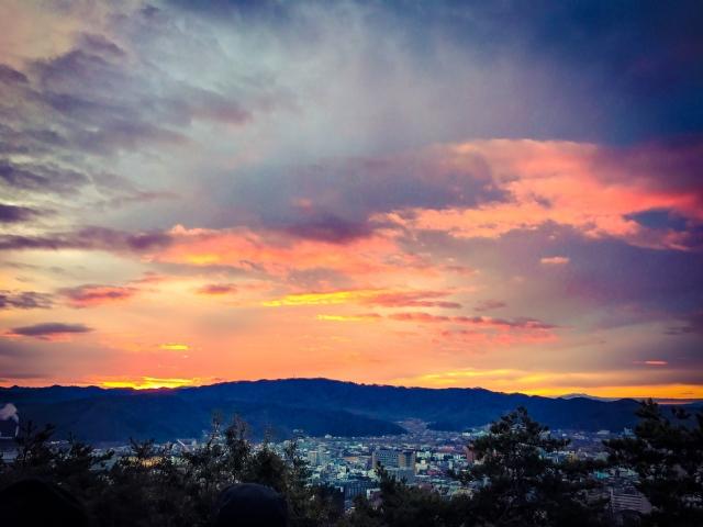 郡山全域を見渡す夜景スポット他、絶景バー&ディナー5選
