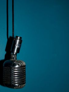 vintage-microphone-by-cwolfecale
