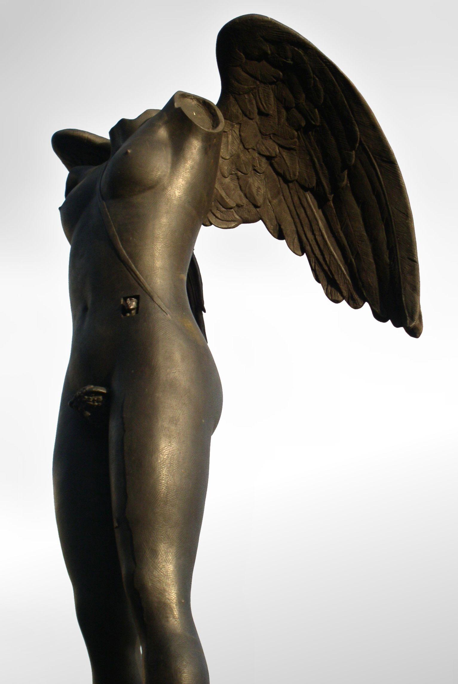 angel-sculpture-by-mitoraj