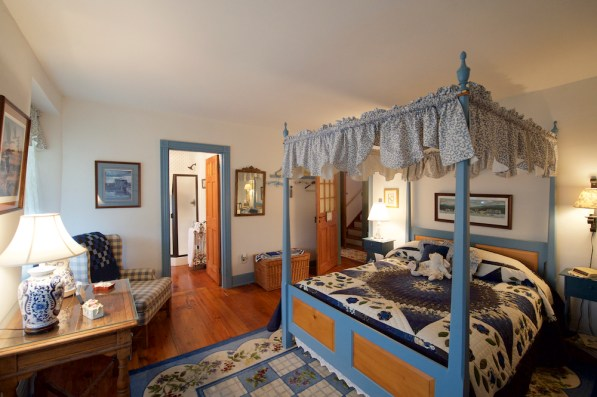 Lancaster County Commercial Photographer Osceola Mill House Bed & Breakfast_14