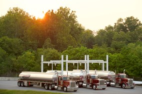 Commercial Photographer Lancaster PA Trucking Transportation Jordan Bush Photography_165