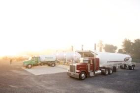 Commercial Photographer Lancaster PA Trucking Transportation Jordan Bush Photography_169