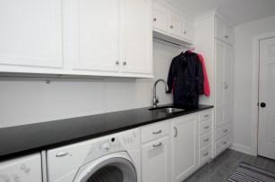 Commercial Interior Kitchen Living Room Photographer Jordan Bush Photography_Gingrich9