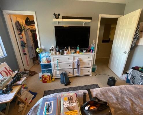 messy bedroom, bedroom, unorganized bedroom