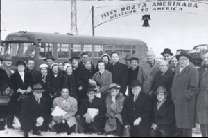 Newly arrived Hungarian Jewish immigrants to the U.S. who fled their country due to the 1956 Hungarian Revolution.  (Courtesy HIAS)