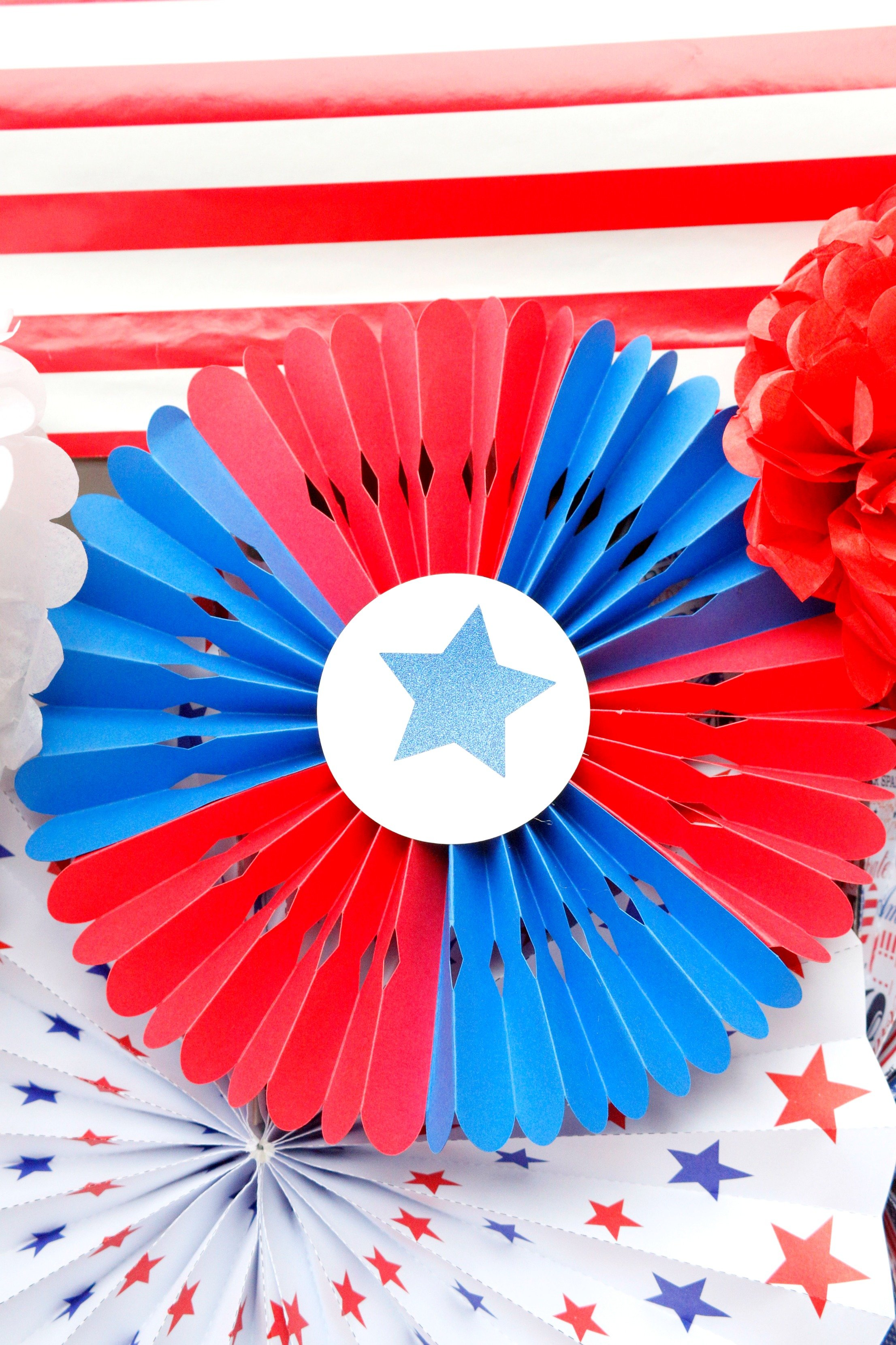 These patriotic rosettes will add a festive touch to your red white and blue patriotic party