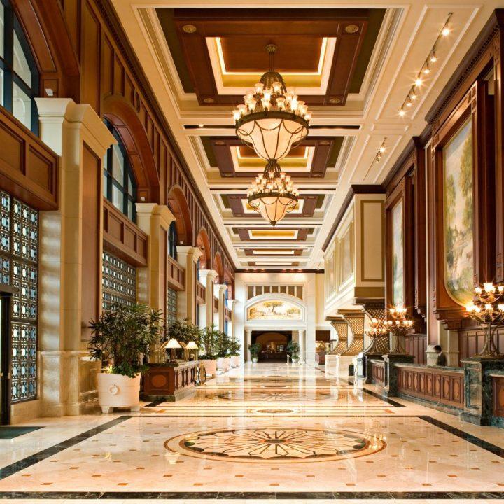 courtyard-elegant-lobby-ballroom-960x960