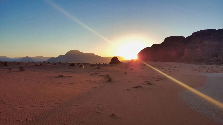 10 Days in Jordan - Wadi Rum Sunrise