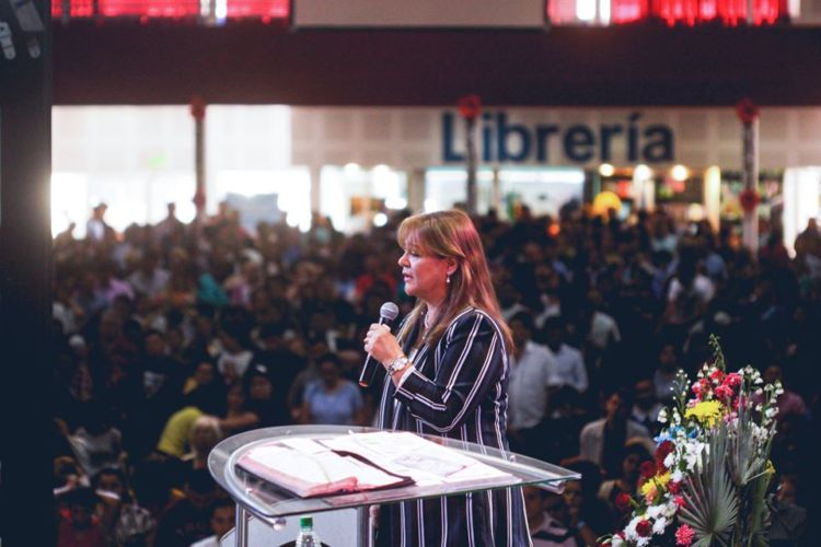 """Profeta Alicia Ledesma; """"Muestren al amor de Cristo, la alegría que es llevar a Jesús en el corazón"""""""
