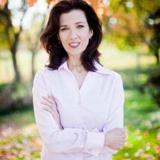 Elizabeth Camden