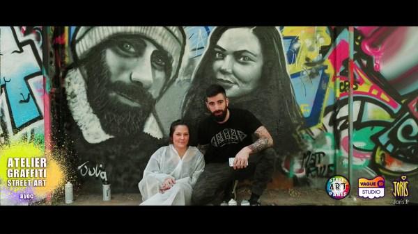 Un cours de graffiti à Paris, un Atelier Street Art avec l'Artiste Joris... Sur la photo on peux voir Laura et Mathieu qui on chacun fait le portrait de l'autre... Très réussie !!!