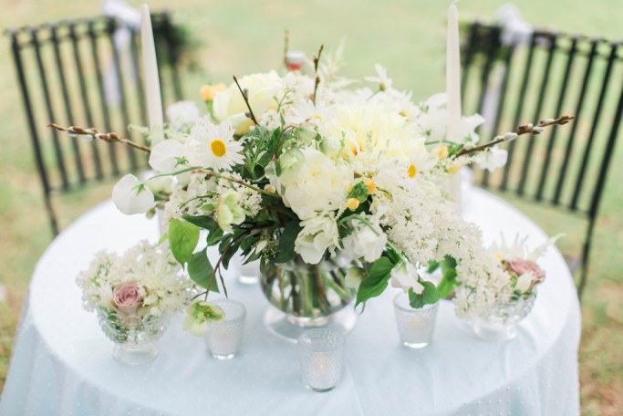 Romantic garden style sweetheart table. Flowers and styling Jessica Ormond Events. Photography Emily Koontz.