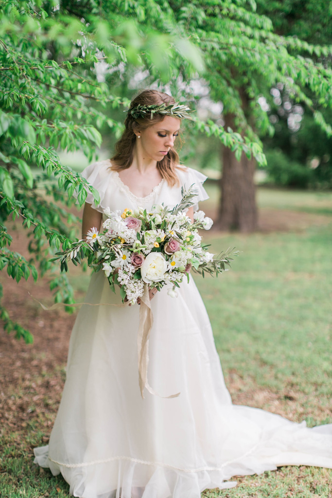Beautiful bride with wild romantic bouquet. Flowers and styling Jessica Ormond Events. Photography Emily Koontz.