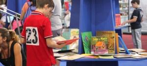 Diálogos USP: o mundo da leitura numa Bienal em busca de leitores