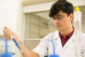Doutorando da USP recebe prêmio internacional por trajetória acadêmica