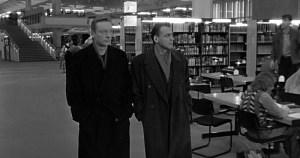 Colunista explica a diferença entre biblioteca pública e biblioteca do povo