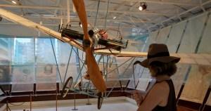 Exposição sobre Santos-Dumont sugere um voo por sua história