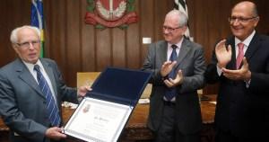 José Goldemberg é o 17º Professor Emérito da USP