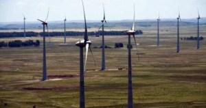 País tenta resolver gargalo na transmissão de energias renováveis