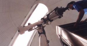 Evento da Sociedade Astronômica Brasileira reúne estrelas da área