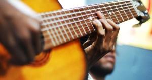 """Instrumentista começou tocando em """"Rodas de Choro"""""""