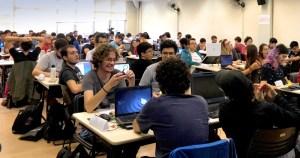 Tecnologia na educação: como aprender mais trabalhando em grupo