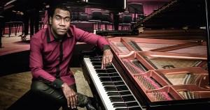 Pianista Hércules Gomes recupera a obra de Tia Amélia