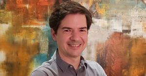 Professor da USP debate financiamento de pesquisa científica com legisladores norte-americanos