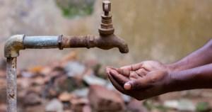 Falta de medidas de racionamento para conter crise hídrica pode levar a apagões