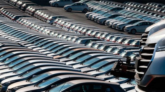 Carros e comerciais leves