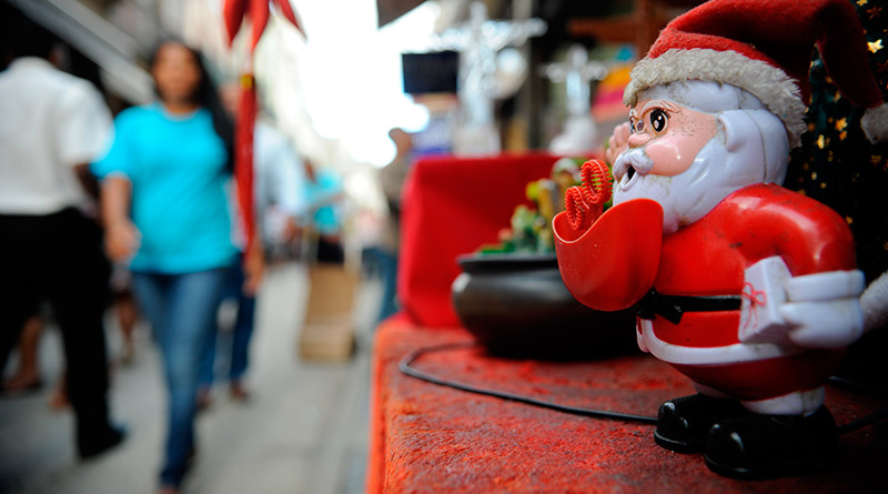 Comércio-vendas-produtos-black friday-natal-ano novo-noel-papai noel