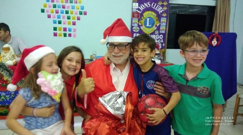 Lions Clube de Fraiburgo Terra da Maçã encerra ano com Papai Noel – Por Edison Porto