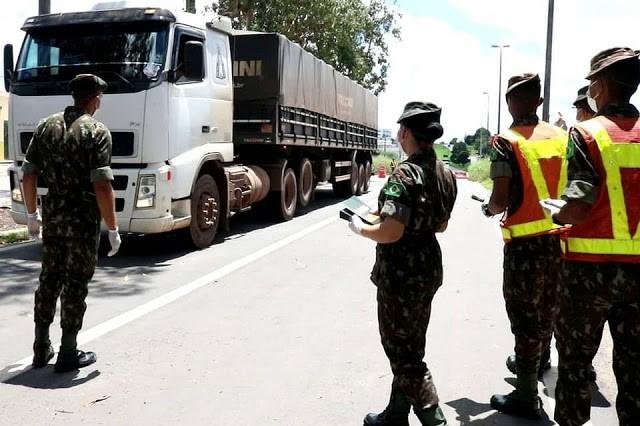 Batalhão de Infantaria do Exército presta apoio aos caminhoneiros no Maranhão