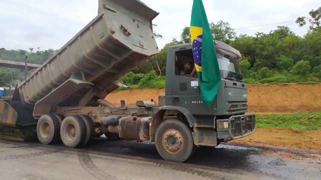 Exército assume papel de empreiteira e tem R$ 1 bi em obras sob Bolsonaro