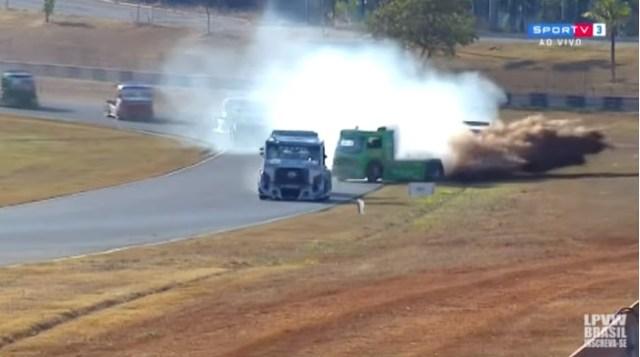 Beto Monteiro vence corrida número 1 da Copa Truck em Goiânia
