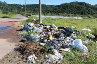lixo-lixao-ingleses-avenida-internacional-04