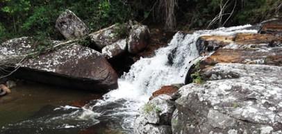 poço na cachoeira dos funis - chapada - jornal da chapada