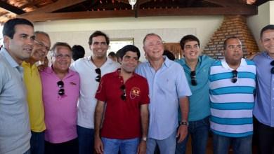 Photo of Aniversário do deputado Paulo Azi reúne oposicionistas; até ACM Neto e Geddel foram