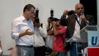 Photo of Eleições 2014: Pierre Onassis conduz benção para Rui Costa em ato do PR