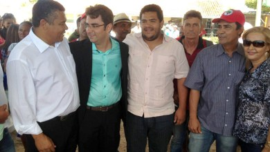 Photo of Valmir Assunção continua caminhada pelo interior e quer mais interação política